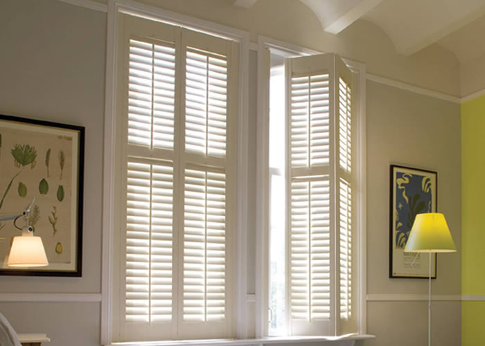 Vinyl shutters | Custom Shutters | Indoor Shutters | Plantation ...