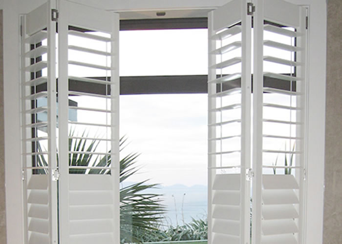 Window Blinds Sliding Patio Doors Plantation Shutters Glass Bi Fold Shutter  Wholesale Painted Interior